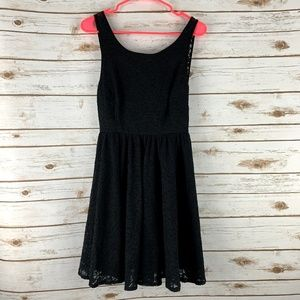 Pins and Needles Urban Outfitters dress sz 4 lace